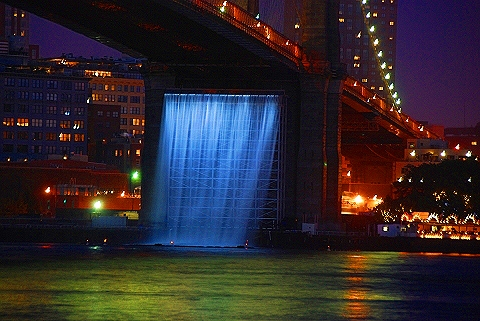 Ny_brooklyn_bridge_waterfalls_by_olafur_eliasson_15_492
